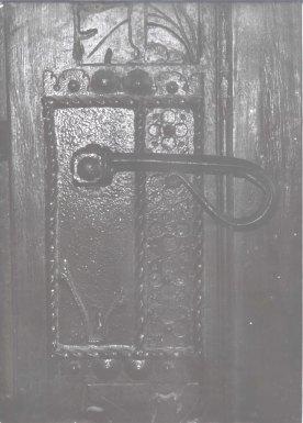 door-handle-prague